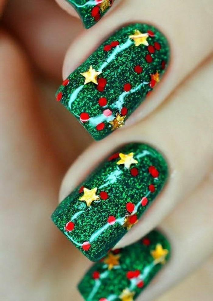 Maravillosas ideas de diseño de uñas para Navidad y Año Nuevo