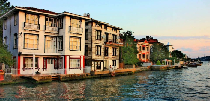 Istanbul Attractions-Conseils de Voyage-ÇENGELKÖY - city-on-the-bosphorus