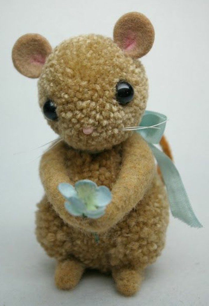Souris Tinker-with-petite fleur