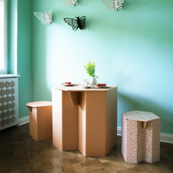 Table-et-chaises-in-box