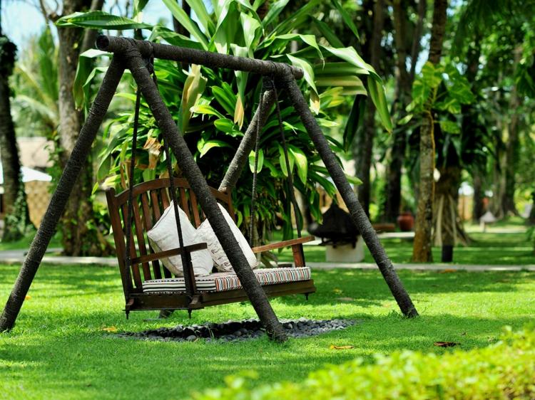 balan oire de jardin pour la d tente pur. Black Bedroom Furniture Sets. Home Design Ideas