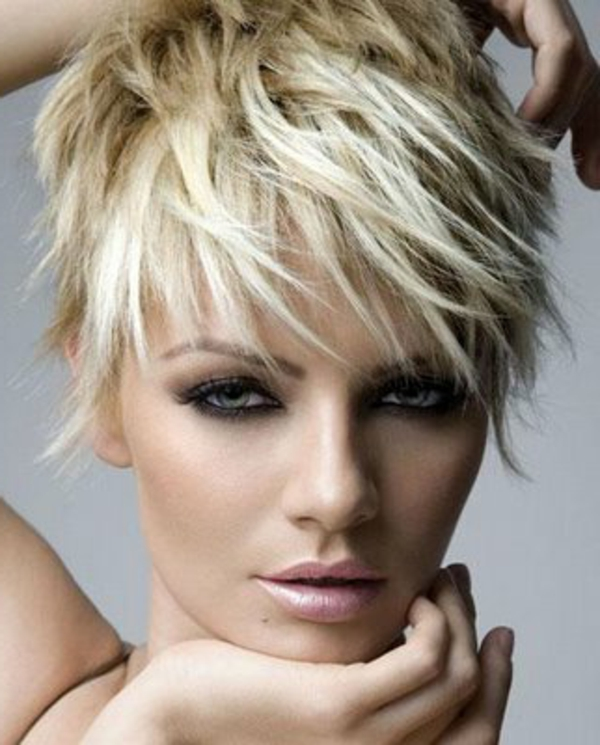 σύντομα hairstyles-hair-in-trend