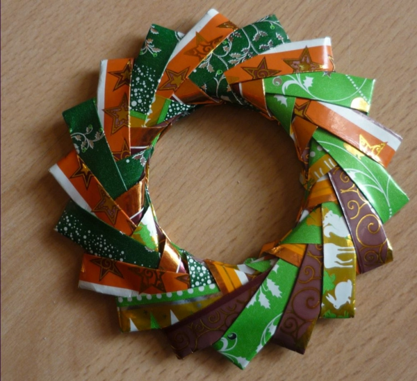 origami-to-christmas-elegant-wreath - en varios colores