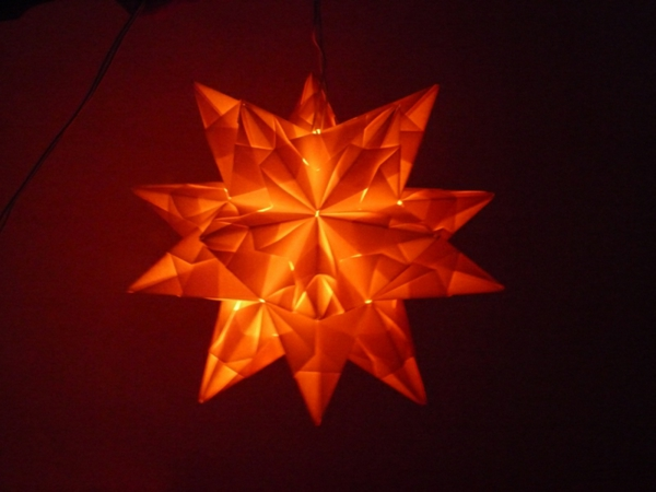 origami-to-christmas-glowing-star - foto muy interesante