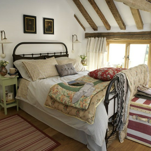 beautiful-bed-in-bedroom-country-style-many bedding